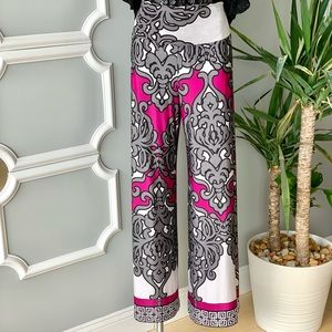 Analili Wide Leg Pants in Multiprint Size Small